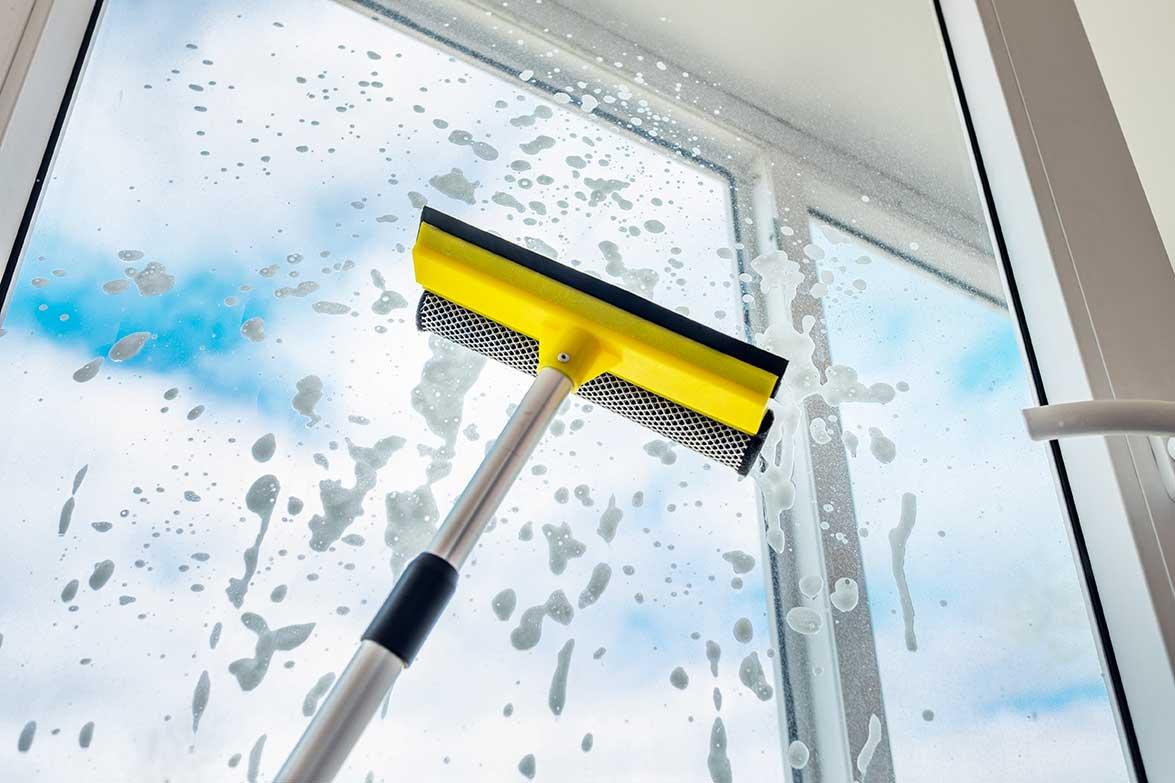 Nettoyage vitrine Nantes