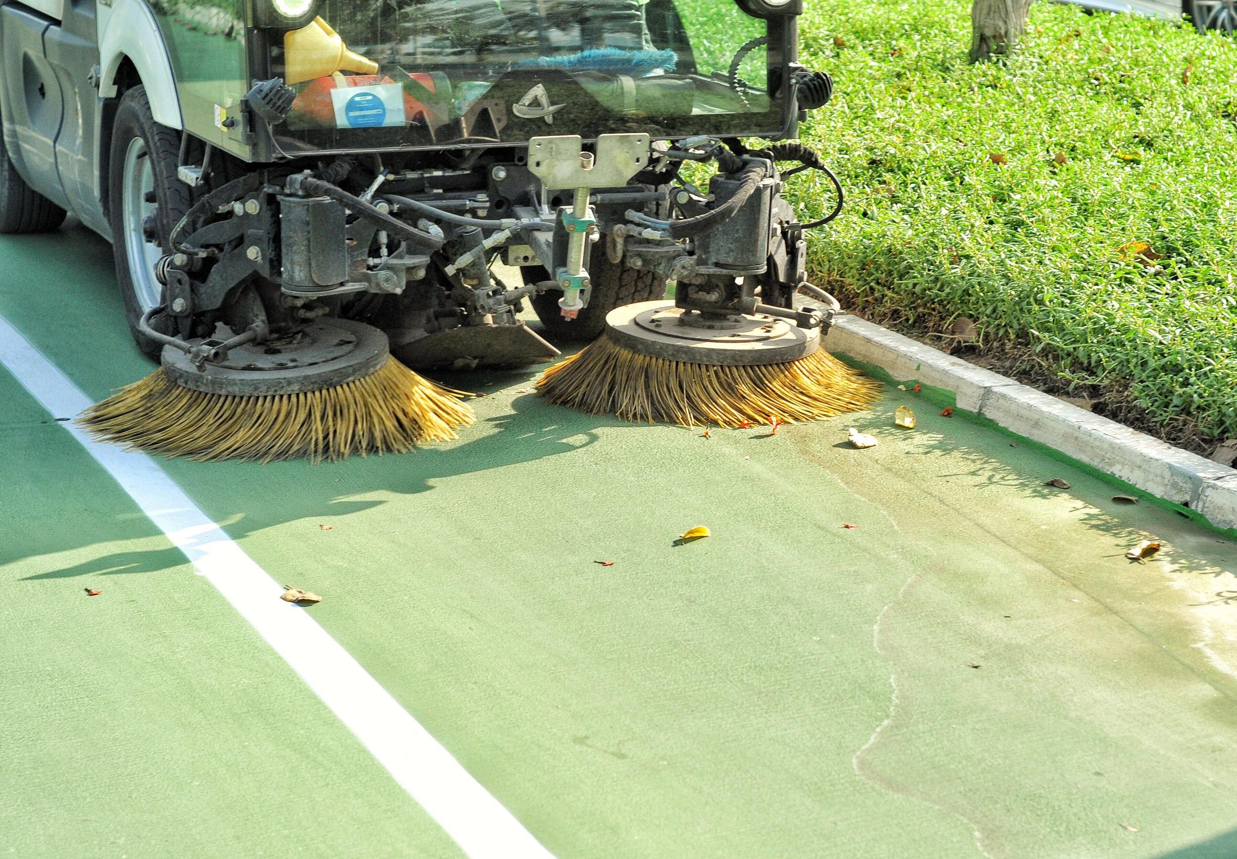 matériel de nettoyage industriel - balayeuse voierie